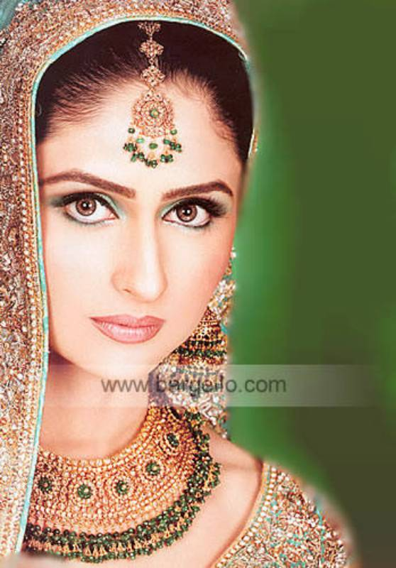 Traditional Pakistani and Indian Jewellery Show in England, UK