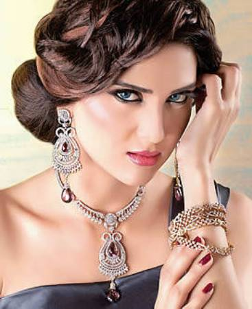 Picture for category Light Jewellery Sets