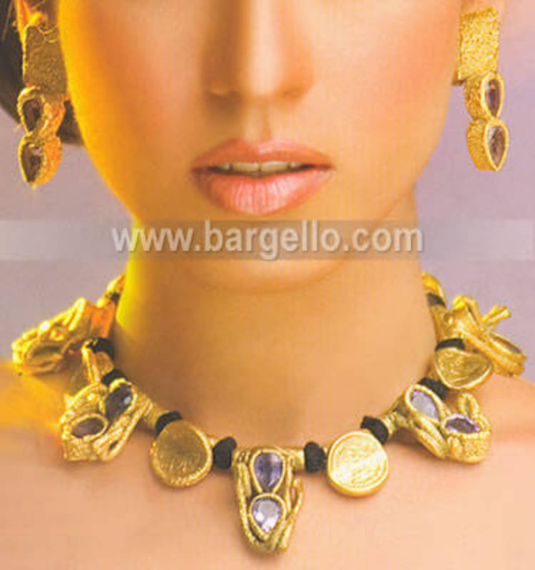 Traditional Pakistani Indian Bridal Evening Party Jewellery in Green Street, London