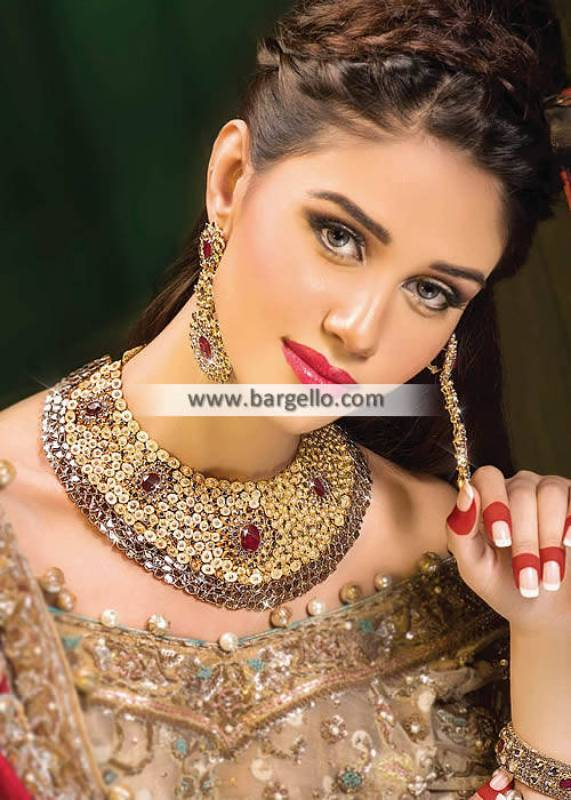 Pakistani Party Wear Jewellery Sets Artificial Gold Jewellery Set for Next Formal Event